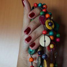 Colar lindo e esmalte sexy: maçã do amor da Risqué no blog Artenaveia 2:  Esmalte e Acessórios de moda da @Celena Souza http://artenaveia632.blogspot.com.br/2013/09/blogagem-coletiva-de-esmalte-e.html