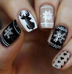 Ready to decorate your nails for the Christmas Holiday? Christmas Nail Art Designs Right Here! Xmas party ideas for your nails. Be the talk of the Holiday party with your holiday nail designs. Christmas Nail Art Designs, Holiday Nail Art, Winter Nail Designs, Winter Nail Art, Winter Nails, Xmas Nail Art, Snowflake Nail Art, Christmas Design, Spring Nails