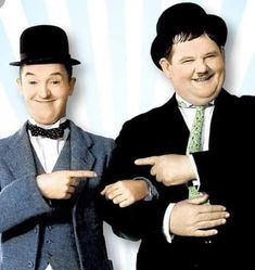Stan Laurel Oliver Hardy, Laurel And Hardy, Comic Movies, Old Movies, India Painting, Star Wars, Movie Wallpapers, Clowns, Vintage Images