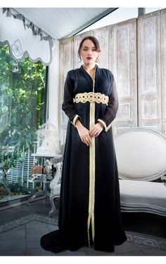 #caftan Naheema en mousseline de soie en pre-commande dans votre e-shop km couture