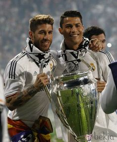 Sergio Ramos and Cristiano Ronaldo - Real Madrid C. Cristiano Ronaldo 7, Christano Ronaldo, Ronaldo Real, World Best Football Player, Good Soccer Players, Best Football Team, Football Players, Gareth Bale, Lionel Messi