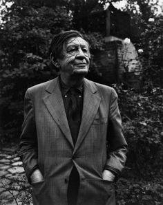 W.H.Auden - The Greatest Portraits Ever Taken By Yousuf Karsh - 121Clicks.com