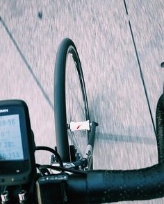80mm carbon rims for my 6km commute. #dreams. #latergram
