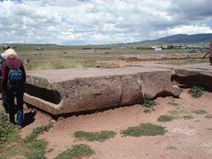 ancient mystery stone walls at Tiwanaku Puma Punku « UFO-Contact News