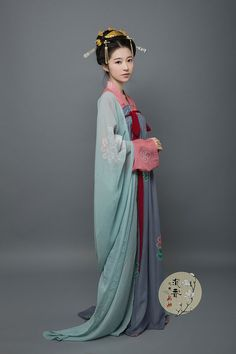 9dabf53e692 Tang Dynasty. A Chi · China clothing · Hanfu  traditional Chinese costume.