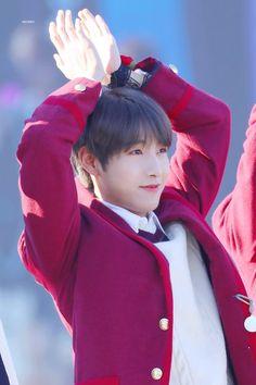 Smile Wallpaper, Framed Wallpaper, Winwin, Taeyong, Jaehyun, China Pics, Perfect Smile, Huang Renjun, Nct Dream