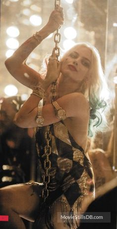 Find images and videos about joker, harley quinn and suicide squad on We Heart It - the app to get lost in what you love. Der Joker, Harley Quinn Comic, Harley Quinn Cosplay, Joker And Harley Quinn, Arlequina Margot Robbie, Margot Robbie Harley Quinn, Harley Quenn, Dc Comics, Univers Dc