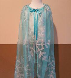 Elsa cape / One piece organza big snowflake fabric by LisasThreads