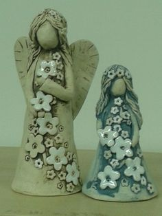 Wonderful Snap Shots Slab pottery angels Popular Check out this awesome photo – what an artistic theme Ceramic Clay, Ceramic Pottery, Pottery Art, Slab Pottery, Ceramic Figures, Clay Figures, Paper Clay, Clay Art, Clay Angel