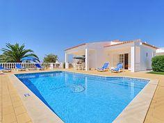 Comfortabel en prive villa met zwembad ligt dicht bij de zandstranden  Vakantieverhuur in Vale de Parra van @homeaway! #vacation #rental #travel #homeaway