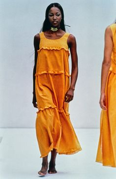 Prada Spring 1993 Ready-to-Wear Fashion Show - Naomi Campbell