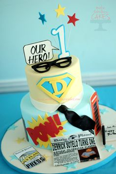 Superman Cake for Clark Kent 1st birthday party - Make Fabulous Cakes
