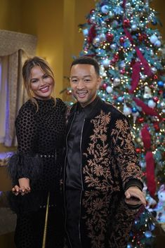 John Legend and Chrissy Teigen with Stevie Wonder in Christmas special Stevie Wonder, John Legend, Chrissy Teigen Style, Cute Celebrity Couples, Matching Sweaters, Star Show, Holiday Sweater, Celebs, Celebrities