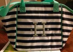 Navy Wave Lunch Tote with Platinum Embroidery....Super Cute  https://www.mythirtyone.com/354563/