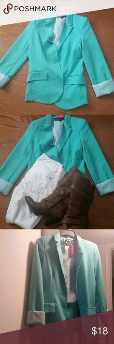 Turquoise blazer Agaci turquoise blazer. NWT, never been worn. Lightweight cotton material, perfect for the end of summer/early fall. Comes from a smoke free, pet free home. Dont miss out on this awesome deal! a'gaci Jackets & Coats Blazers