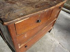 A faster, easier way to remove old veneer from vintage furniture.