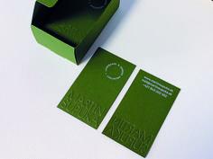 vizitky | digitálna tlač bielou farbou + ražba (slepotlač ) | papier Keaykolour  Meadow od @arjocreatives @antalis_czsk ⠀ #radosttlacit #kreativnatlac #kreativnypapier #papier #digitalnatlac #tlac #print #kreativnypapier #grafickypapier #razba #slepotlac Creative Business, Business Cards, Behance, Group, Lipsense Business Cards, Name Cards, Visit Cards