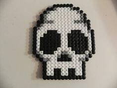 Skull Perler by CreepyBlackCat.deviantart.com on @deviantART