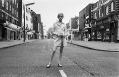 """Twiggy - In the late the """"the skinny model"""" look hit the London scene. Born Lesley Hornby, Twiggy got her nickname because of her twig-like figure. At 5 feet, 6 inches tall, Twiggy measured in at at the peak of her modeling career. Twiggy, Jean Muir, Jean Shrimpton, Marianne Faithfull, Swinging London, Julie Christie, Jackie Kennedy, London Calling, Jane Birkin"""