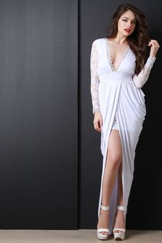 Description A draping tulip-style maxi dress featuring a plunging v-neckline with crochet trim, long floral lace sleeves, and gathered sides. Beautiful Girl Image, Beautiful Legs, Beautiful Models, Fashion Beauty, Girl Fashion, Girl Outfits, Fashion Outfits, Gorgeous Blonde, Mode Hijab