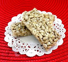 No-Frills Recipes ... cooking, baking & excerpts on travel: Sunflower Sesame Candy CNY 2015 ~ 葵花芝麻糖