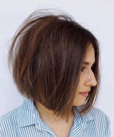 60 Best Short Bob Haircuts and Hairstyles for Women Centre-Parted Tousled Brown Bob Brown Bob Haircut, Brunette Bob Haircut, Modern Bob Haircut, Short Bob Haircuts, Modern Haircuts, Straight Hairstyles, Urban Hairstyles, Brunette Bob Short, Boy Haircuts