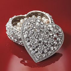 ~ Swarovskie Crystal Heart Jewel Box ~ Perfect for special ring set....