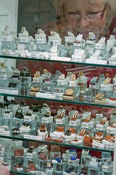 Life in miniature: The Kensington Dollshouse Festival 2010