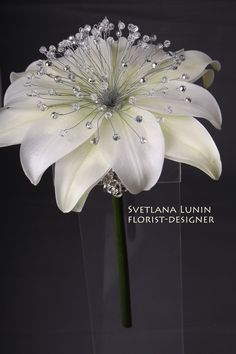 Best 12 composite wedding bouquet from lilies from Svetlana Lunin Large Paper Flowers, Giant Flowers, Faux Flowers, Fabric Flowers, Wedding Brooch Bouquets, Floral Bouquets, Boquet, Decoration Chic, Crystal Bouquet