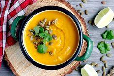 Zupa krem z pieczonej dyni z mleczkiem kokosowym, curry i imbirem Thai Red Curry, Food And Drink, Cooking, Ethnic Recipes, Blog, Polish, Kitchen, Vitreous Enamel, Blogging