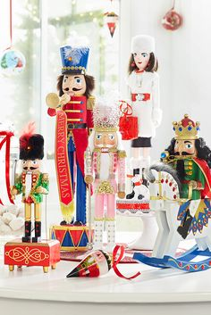 Crafted by hand and irresistibly collectible, Pier 1's wooden nutcrackers bring holiday magic to mantels, shelves and tables. And with 30 characters—from soldiers and shoppers to kings and trumpeters—it's easier than ever to put your style on parade.