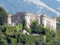 Castello Piccolomini Di Balsorano | Abruzzo | Balsorano