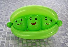 My Daily Balloon: 12th February - Peas in a Pod - www.mydailyballoon.com
