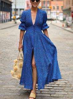 Women Sexy Deep V-Neck Maxi Dress - Herren- und Damenmode - Kleidung Sexy Dresses, Short Dresses, Fashion Dresses, Elegant Dresses, Beautiful Dresses, Dress Long, Blue Maxi Dresses, Flower Dresses, Open Dress