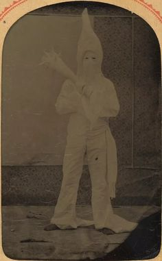 This tintype photo dated ca. 1869 is one of the earliest known photographs of a Klansman in costume. The secret society of racial vigilantes had only started about four years prior in Pulaski, Tennessee. Old West Photos, Tintype Photos, Creepy Photos, African American History, Native American, Vintage Photography, Wild West, Black History, Old Things
