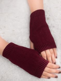 Cheap Fashion online retailer providing customers trendy and stylish clothing including different categories such as dresses, tops, swimwear. Red Gloves, Fingerless Gloves Knitted, Arm Warmers, Stylish Outfits, Women's Accessories, Style Inspiration, Cheap Fashion, Knitting, Crochet