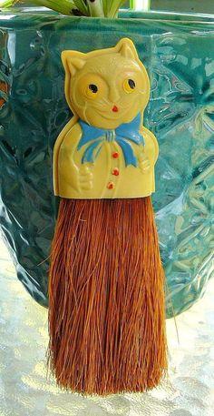 Vintage Celluloid Cat Figural Whisk Brush