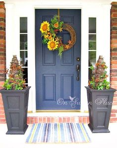 Decorating Tree Front Yard How To Decorate Your Front Door Decorated Wreath Beautiful Fall Front Door Decor Home Interior Design
