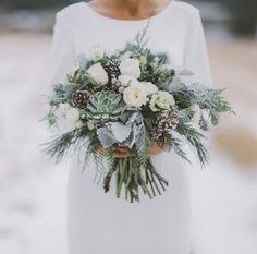 25 Grey Winter Wedding Ideas You'll Love - Hochzeitskleid Ideen Grey Winter Wedding, Winter Wedding Flowers, Winter Wonderland Wedding, Floral Wedding, Fall Wedding, Winter Weddings, Winter Wedding Dresses, Elegant Wedding, Vintage Christmas Wedding