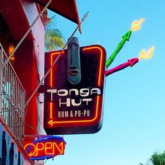 Tonga Hut Palm Springs