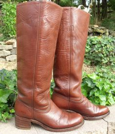 Cowboy boots vintage  FRYE classic FRYE by OutOfMyMamasAttic, $89.99