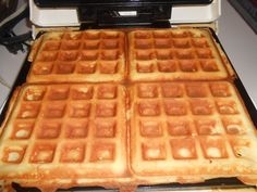 THM Freezer waffles 1 8oz block of cream cheese softened 4 eggs, 1 tbsp baking powder,2 tbsp melted butter,bacon grease or coconut oil, 1/2 cup oat fiber 6 packets of Truvia 1 tsp vanilla,i tsp Glucomannan or xantham gum Mix all ingredients with your mixer and pour on heated waffle iron covered in butter. Makes 6 freezer waffles. S