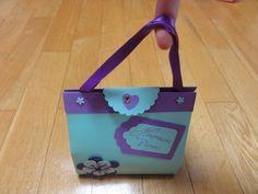 "Petit ""sac à main"" de Pâques"