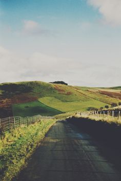 Thomas Hanks, country road, countryside, nature, england, hills, landscape, summer