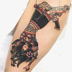 Pin Up Girl Tattoo, Pin Up Tattoos, Badass Tattoos, Body Art Tattoos, New Tattoos, Girl Tattoos, Tattoos For Women, Traditional Tattoo Old School, Traditional Tattoo Art