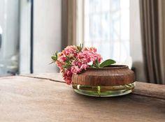 Vasen im edlen Materialmix Contemporary Bowls, Pinch Pots, Pot Sets, Home Additions, Flower Vases, Bowl Set, Decorative Bowls, Planter Pots, Centerpieces