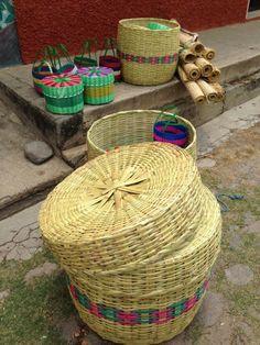 Tombillas, petates, tortilleras y cestas #artesanias #Suchitoto, El Salvador | SUCHITOTO.TOURS@gmail.com