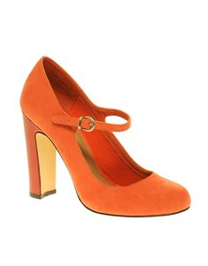 love colored shoes.... specially orange