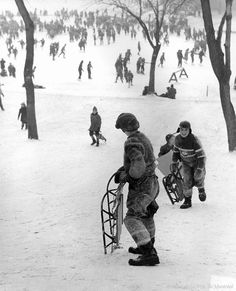 Glissade au mont royal 1955 Entertainment Sites, Old Quebec, Old Montreal, Canada Eh, Canadian History, Dear God, Belle Photo, Vintage Images, The Past