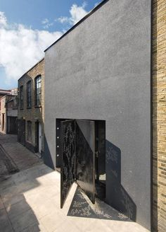 """""""""""Hidden House"""" 